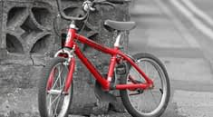 Training Bike Toy Biking Red  - PublicDomainPictures / Pixabay