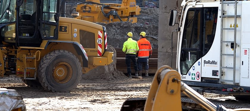 Site Engineer Construction Machinery