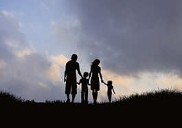 Family Silhouette Mother Father  - AlemCoksa / Pixabay